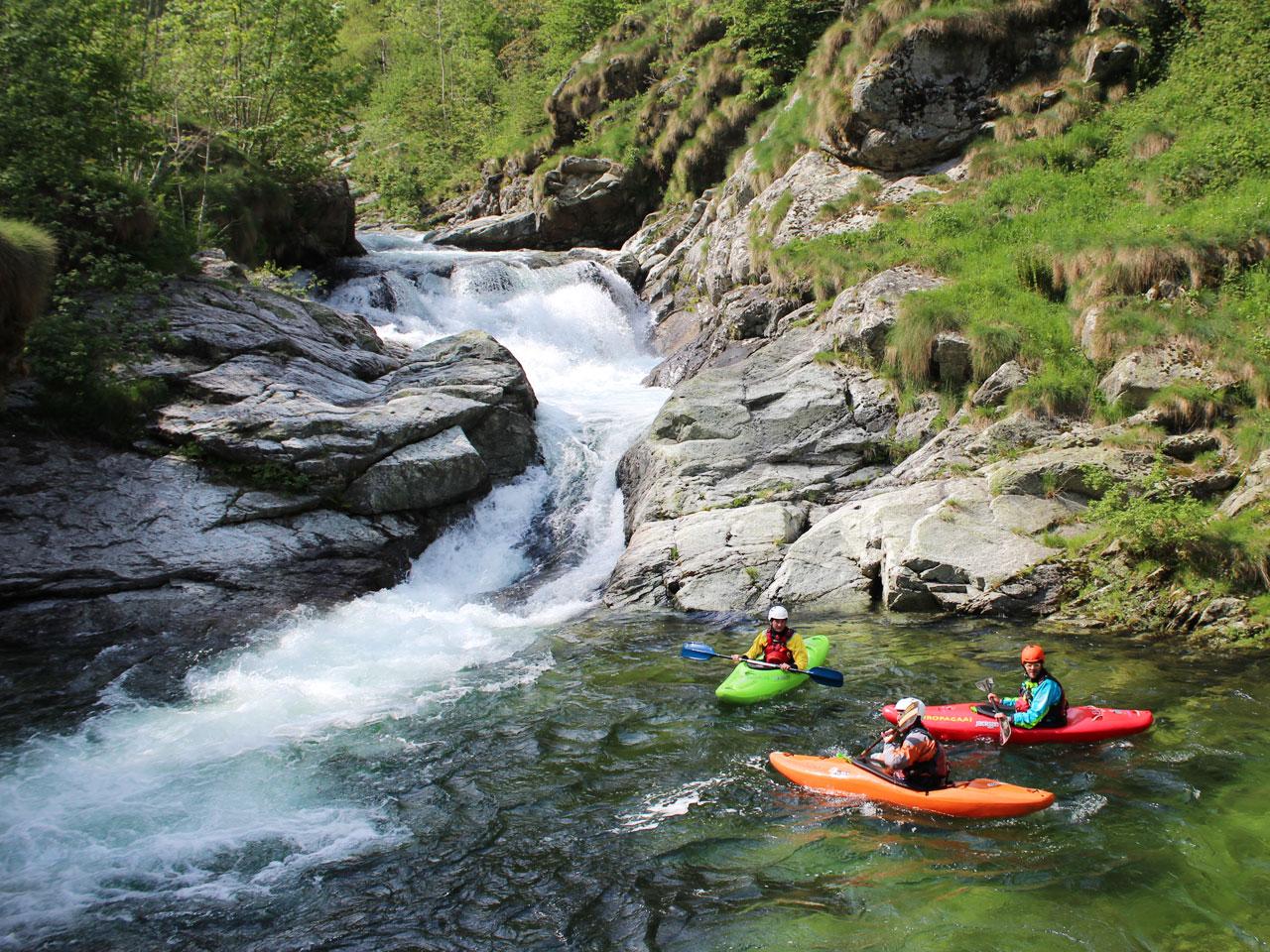 Wildwaterkajakken op de Sesia, Sorba, Gronda & Ribo in Italië.