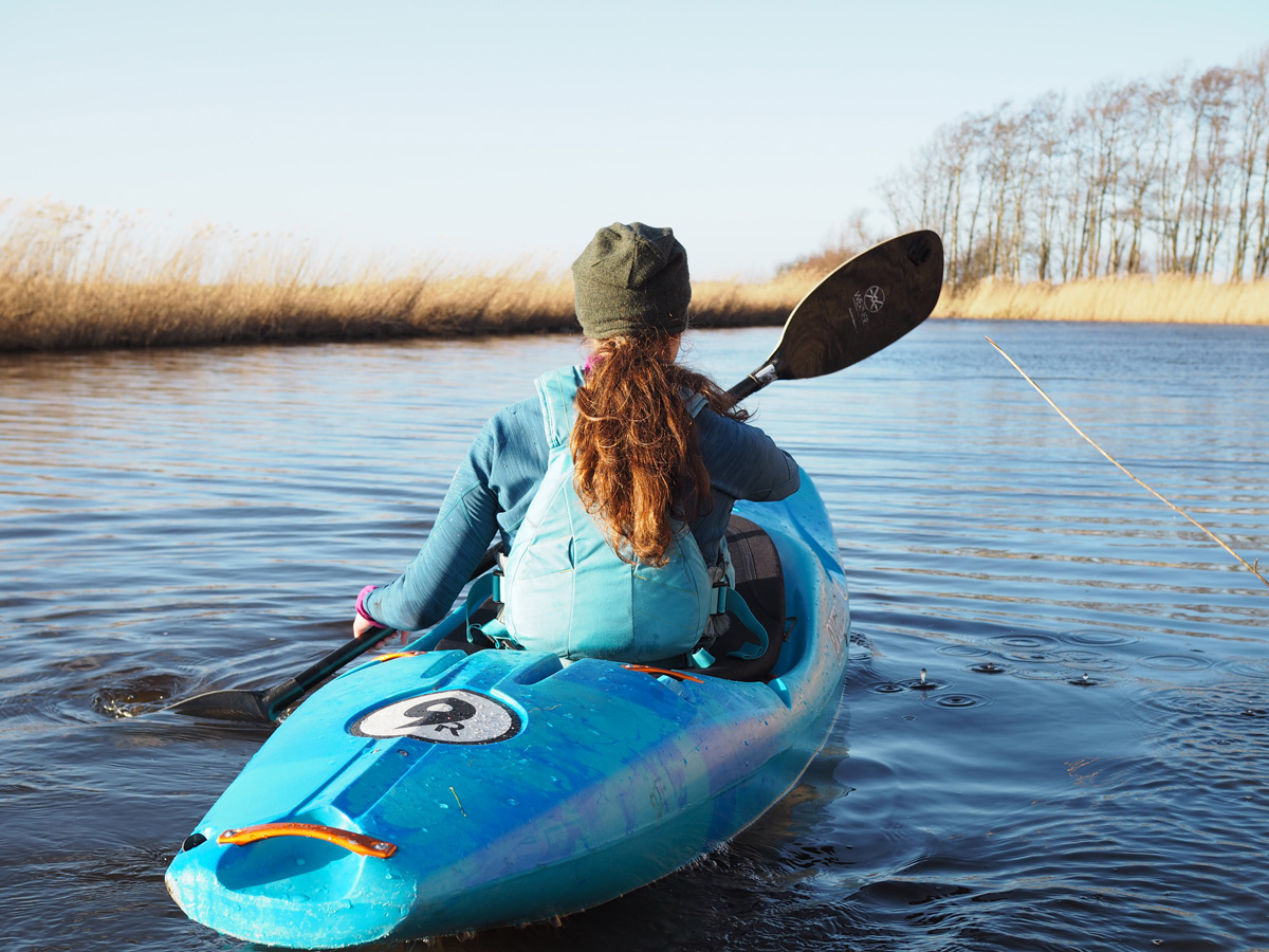 Kajakken op vlakwater in Nederland. De Bergermeer is een prachtige kano locatie.